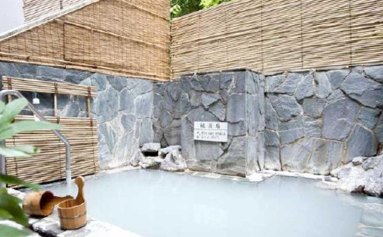 季節限定でご利用いただける露天風呂